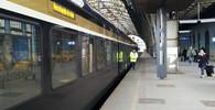 Na pražském hlavním nádraží je bomba, ohlásil anonym. Vlaky nejezdily, metro nezastavovalo - anotační obrázek