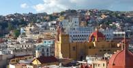 Nahý Zapata a navíc homosexuál? Mexiko pobouřil kontroverzní obraz - anotační foto