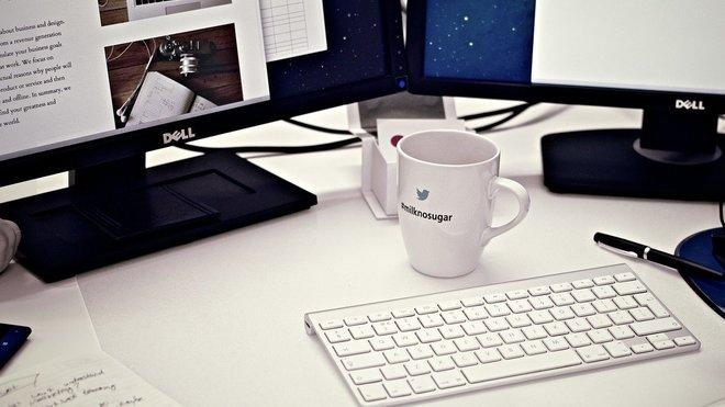 Firmy, ilustrační foto
