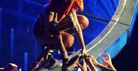Rihanna při koncertu v Baltimore, USA