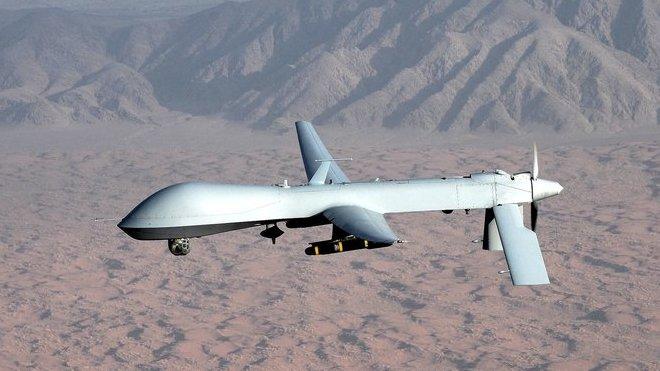 Armádní dron, ilustrační foto