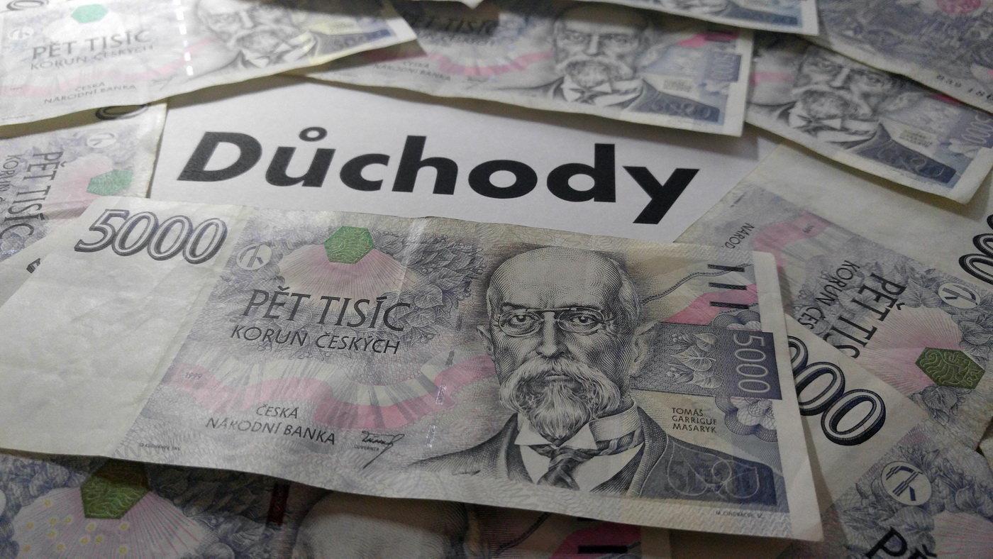 Peníze na důchody, ilustrační fotografie