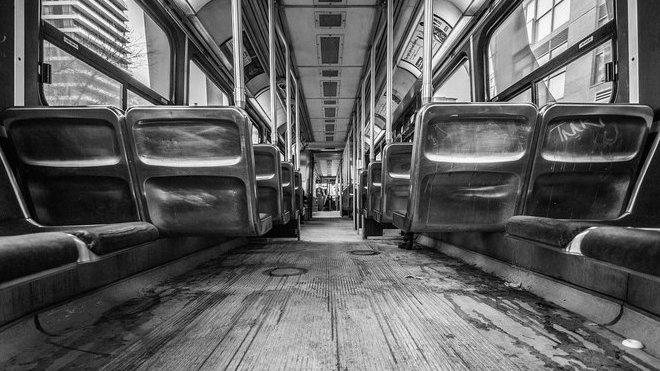 Autobus, ilustrační foto