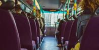 Při nehodě autobusu v Peru zemřely čtyři desítky lidí, řidič zřejmě nezvládl zatáčku - anotační obrázek