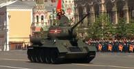 Oslavy osvobození na Rudém náměstí v Moskvě (9.5.2016)