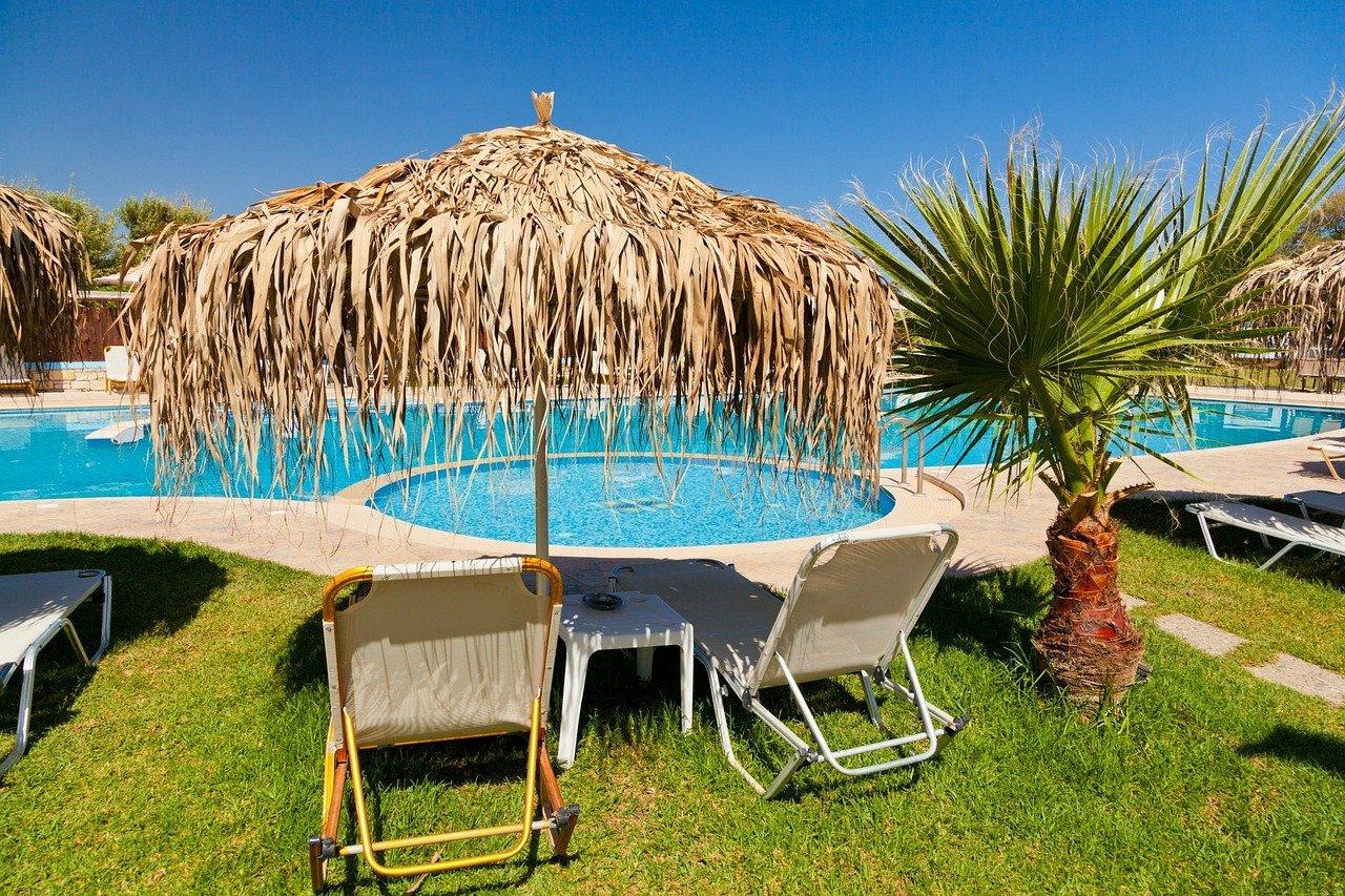 Plánujete letos dovolenou v zahraničí? Naučte se jednu velmi důležitou věc, bude se vám hodit - anotační obrázek