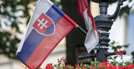 Slovensko má rekordních 552 nakažených za den; Matovič varuje - anotační foto