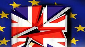 Rána pro občany EU. Johnson prozradil, co se chystá po brexitu - anotační foto