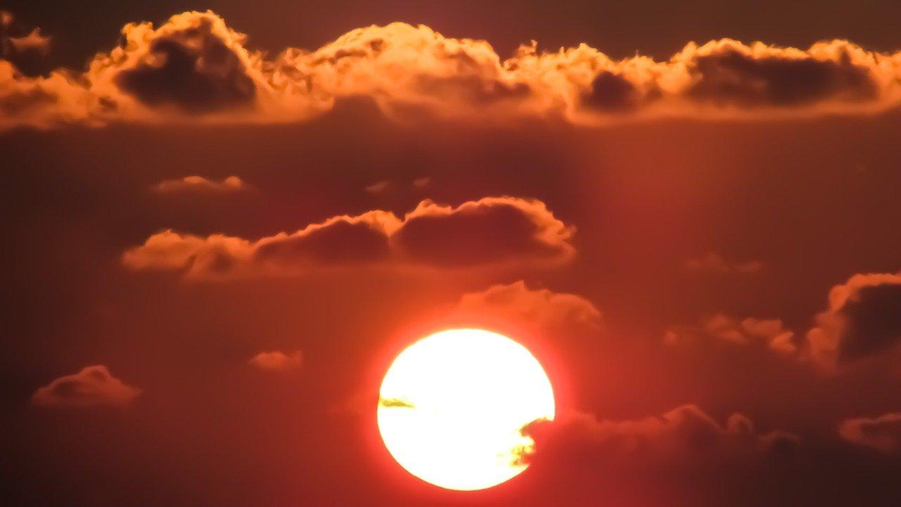 V letní výhni se upečeme? Vliv El Niña na počasí může být markantní - anotační obrázek