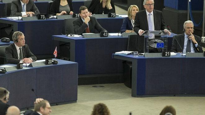 Nigel Farage v Evropském parlamentu.