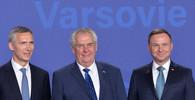 Summit NATO ve Varšavě (8. - 9. 7. 2016): Jens Stoltenberg, Miloš Zeman a Andrzej Duda