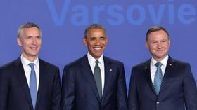 Summit NATO ve Varšavě (8. - 9. 7. 2016): Jens Stoltenberg, Barack Obama a Andrzej Duda