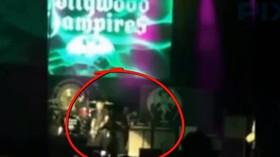 Kytarista skupiny Aerosmith zkolaboval při koncertu