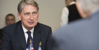 Hammond, Philip (autor: Secretary of Defense)