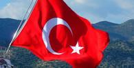 Tvrdá dána pro Erdogana? Na akci opozičního kandidáta přišlo 2,5 milionu lidí - anotační obrázek