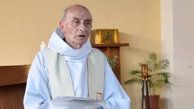 Kněz Jacques Hamel (86)