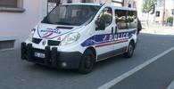 Policie zadržela muže napojeného na útočníka z Francie - anotační obrázek