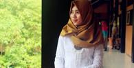 Muslim se naštval a zmlátil baseballovou pálku mladší sestru, která si odmítla vzít závoj - anotační obrázek