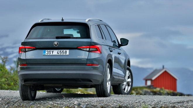 S délkou 4,70 m, až sedmi místy k sezení a největším zavazadlovým prostorem ve své třídě, je Škoda Kodiaq prvním velkým SUV české automobilky