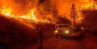 Lesní požáry zasáhly Kalifornii, ohrožují stovky domů - anotační obrázek