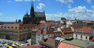 Brněnskou ubytovnu musí opustit 100 lidí, včetně malých dětí. Do kauzy se vložil Hollan - anotační obrázek