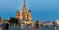 Ruští diplomaté odletěli z Británie do Moskvy - anotační obrázek
