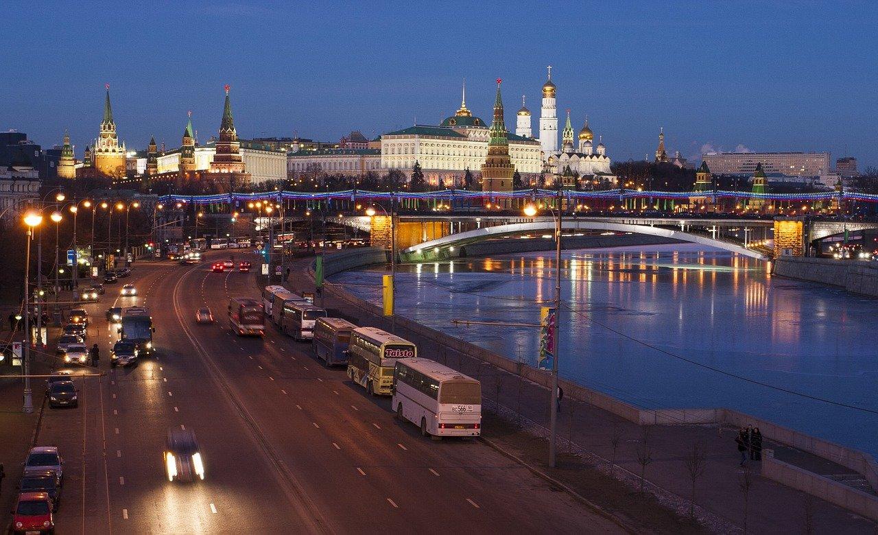 Politické vraždy v Rusku? Odpor je marný, něco zkrátka nesedí, varuje historik - anotační obrázek