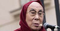 Pražská radní navrhla udělit čestné občanství Prahy tibetskému duchovnímu vůdci dalajlamovi - anotační obrázek