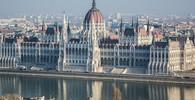 Tisíce lidí se v Budapeští bouří proti vládě - anotační obrázek