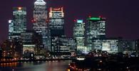 V Británii vedla střídání stráží poprvé žena - anotační obrázek