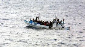 Loď plná uprchlíků se potopila na jezeře. Šest mrtvých, přes 50 nezvěstných - anotační foto