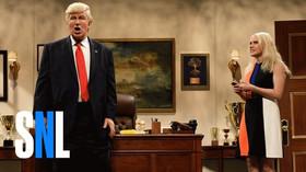 Američtí komici se tvrdě pustili do budoucího prezidenta
