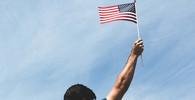 Debata o osudu dětí internovaných na hranicích USA se vyostřuje, ozvaly se i Bushová a Trumpová - anotační obrázek