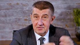 Andrej Babiš reaguje na vtípky lidí