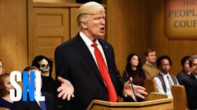 Alec Baldwin opět paroduje Donalda Trumpa