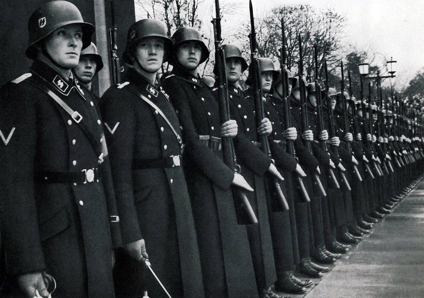 Hitler nechtěl Česko zničit. Kdyby nacisté vyhráli válku, žili bychom dnes úplně jinak - anotační obrázek