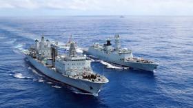 """Napětí mezi velmocemi. USA důrazně varují Čínu kvůli """"námořnímu impériu"""" - anotační foto"""