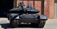 Íránský tank Karrar je prý silnější, než ruská Armata. Upadne chlouba Ruska v zapomnění? - anotační obrázek
