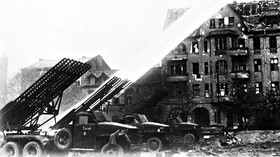 Kaťuša (Raketomet BM 13-16)
