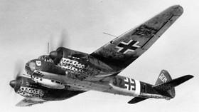 Bombardér, bitevník a stíhačka v jednom? Tenhle nacistický stroj za války ovládal nebe - anotační foto
