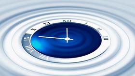 Je možné cestovat časem? Muž tvrdí, že navštívil Zemi v roce 2118, jako důkaz má tajemnou fotku - anotační foto