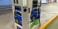Vyplatí se v Česku elektromobil? Podle odborníka má jedinou výhodu - anotační obrázek