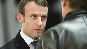 Macron razí svobodu slova, arcibiskup oponuje: Z náboženství si nelze dělat legraci - anotační foto