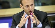 Macron leze Francouzům na nervy? Chovatelé dobytka ho vypískali - anotační obrázek