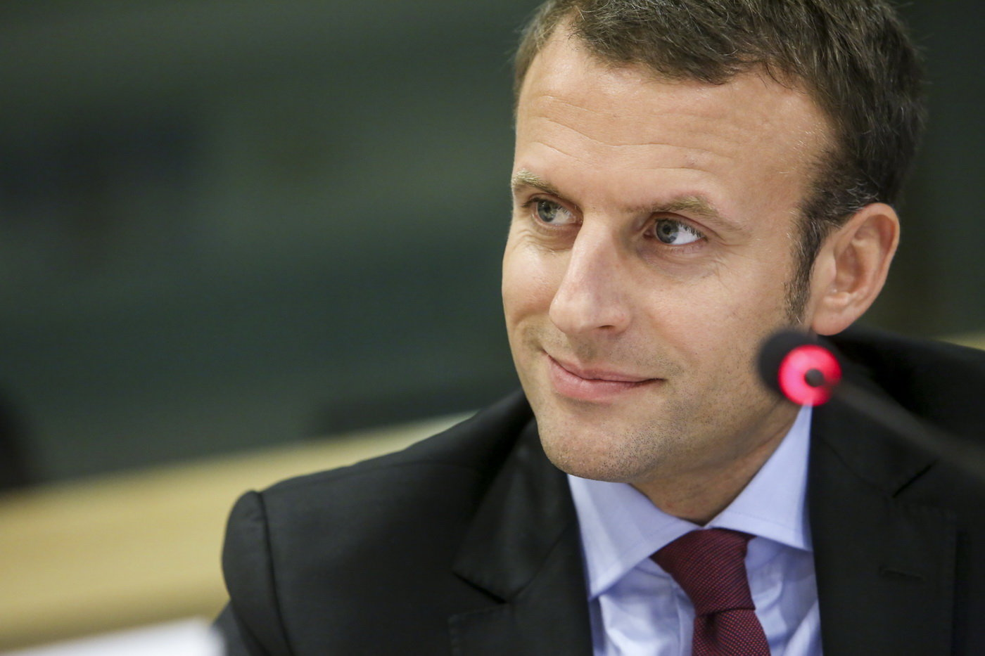 Macron to projel na celé čáře. Ze spasitele Evropy se stalo zklamání, tvrdí prestižní server - anotační obrázek