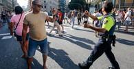 První svědectví z Barcelony: Auto davem projelo, vůbec nezpomalilo. Lidé leží na zemi, nehýbají se - anotační obrázek