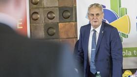 Trestně stíhaný premiér a senilní prezident? Voliči jsou zaslepení, nebere si servítky psycholog - anotační foto