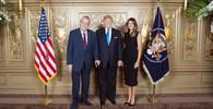 Rodiče Melanie Trumpové jsou řetězoví migranti? Stále čekají na americké občanství - anotační obrázek