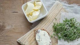 """Jak porazit """"zlý"""" cholesterol? Záleží i na času jídla, zjistili vědci - anotační foto"""