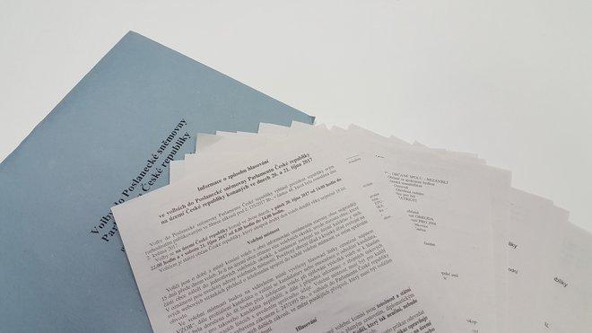 Hlasovací lístky pro volby do Poslanecké sněmovny